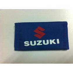 Llavero tela con velcro Suzuki azul blanco rojo